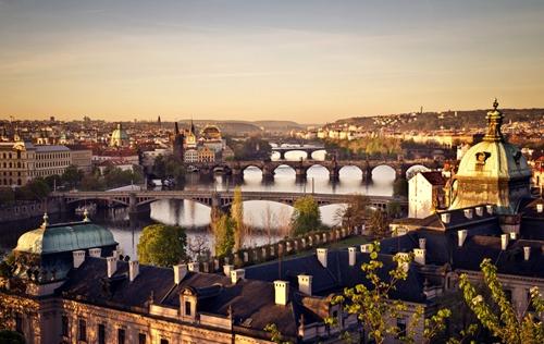 川航2月直飞布拉格 成都直飞欧洲航线将增至6条