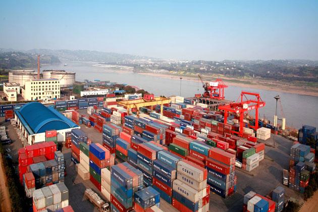 泸州港牵手杜伊斯堡港 建设中欧铁路货运主通道