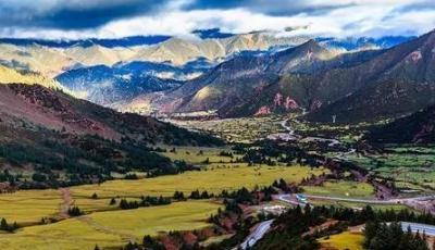 川藏高速公路的建设 是我国通往拉萨的第二快速通道